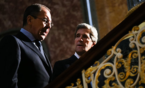 US Secretary of Sate John Kerry chats with Russia's Sergey Lavrov, left, at the G8 Foreign Ministers meeting at Lancaster House Thursday April 11, 2013 in London, England